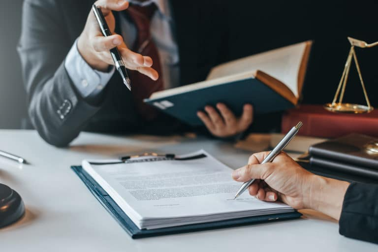 Commercial Litigation | Legal Services in Miami, Florida | The Downs Law Group